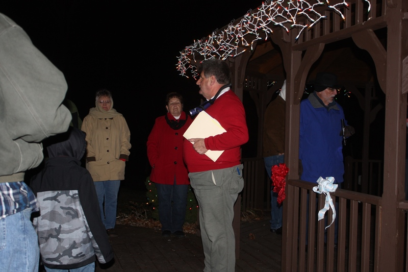 Town Tree Lighting Ceremony at Big Gem 2014